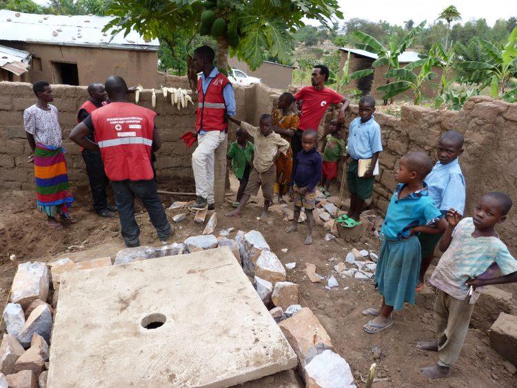 Des nouvelles latrines pour les communautés vulnérables rwandaises à Munini