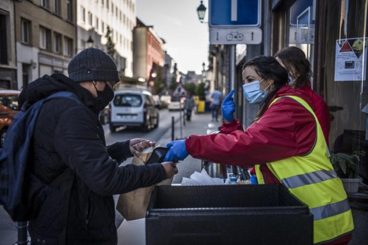 L'aide alimentaire de la Croix-Rouge de Belgique