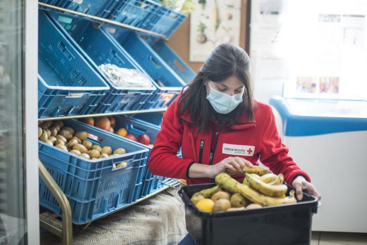 L'épicerie sociale propose des biens de première nécessité à 50% du prix d'achat en grandes surfaces.