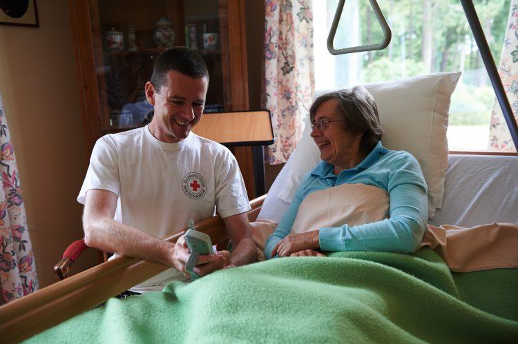 Pourquoi louer votre matériel paramédical à la Croix-Rouge de Belgique ?